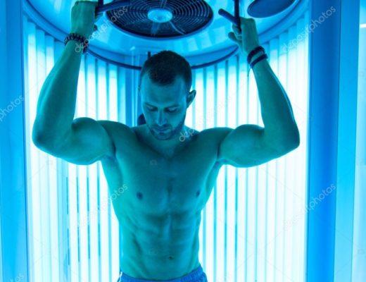 depositphotos_90458946-stock-photo-young-muscular-man-at-solarium